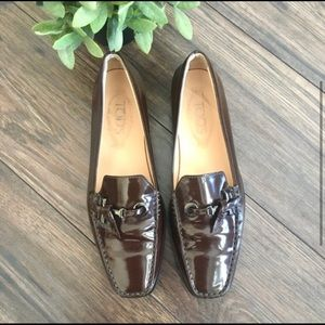 Tod's brown leather Driving Loafer Slip